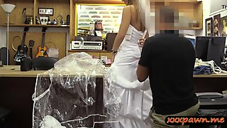 Blondie pawns wedding dress and banged at the pawnshop