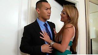 Big breasted babe Mia Lelani take cock