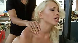 Blonde hottie enjoys a great anal threesome banging
