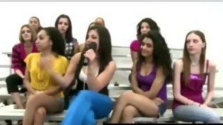 Amateur dude fucks hot CFNM babe for female group