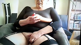 Teen blondie feeling intense vibes in her hot cunt video